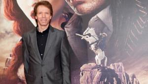 """Jerry Bruckheimer lors de l'avant-première du film """"Lone Ranger"""" à Paris le 24 juillet 2013"""