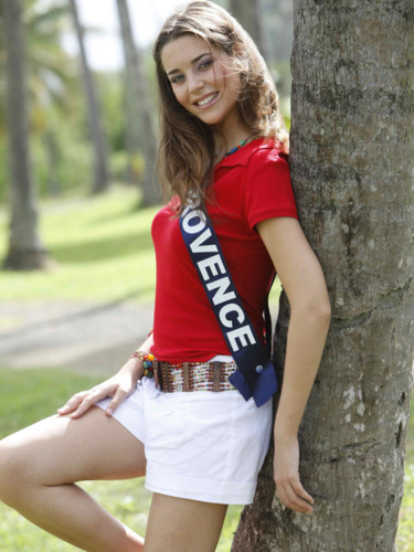 Miss Provence 2009 - Emilie Corbi : Candidate Miss France 2010