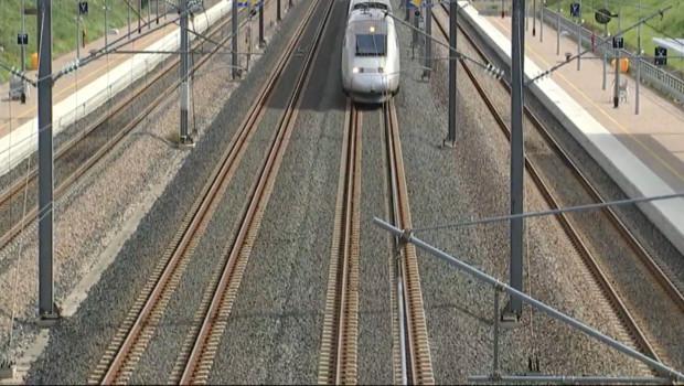 Le 13 heures du 26 octobre 2014 : TGV : les pistes �'�de pour am�orer leur rentabilit� 462.640935836792
