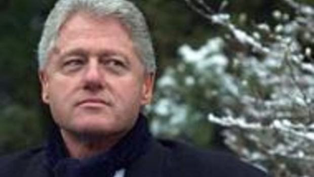 Bill Clinton dans James Bond ?
