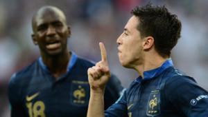 L'attaquant français Samir Nasri peu après avoir marqué un but face à l'Angleterre, lors de l'Euro-2012.