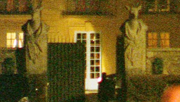 François Hollande est tellement ridicule que l'on ne peut même pas avoir pitié ! La-lanterne-2471238_1713