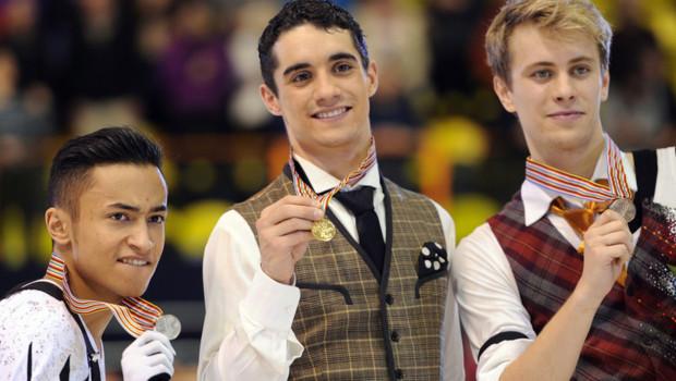 Le patineur français Florent Amodio (à gauche) a décroché la médaille d'argent aux Championnats d'Europe de Zagreb, le 26 janvier 2013.