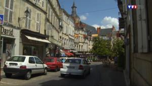Le 13 heures du 21 juillet 2014 : 150 commerces en moins depuis 2010: Nevers centre se meurt - 1174.3217718811036