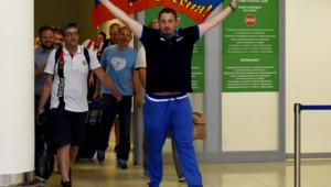 Alexander Shprygin lors de son arrivée à l'aéroport Sheremetevo de Moscou après son expulsion de France.