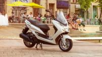 Yamaha Majesty S 125 cm3, lancé en juin 2014 au prix de 3.490 euros.