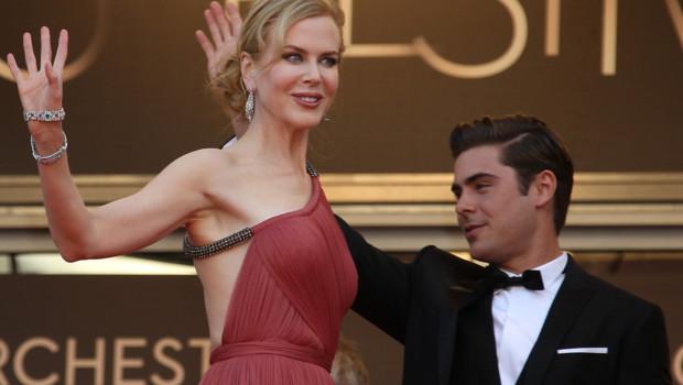Cannes 2012 : Nicole Kidman et Zac Efron lors de la montée des marches Paperboy