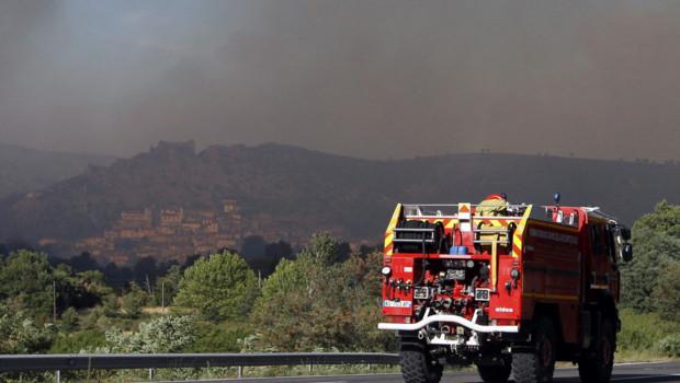 Incendie pompiers Pyrénées-Orientales Rodes feu fumée flammes