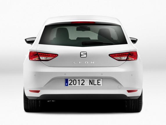 La nouvelle Leon !! une grande Ibiza ... Seat-leon-2012-01-10734244ypqew_1879