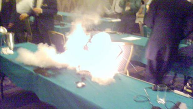 Portable Dell en feu batterie Lithium-Ion lci.fr