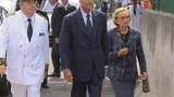 """Chirac exprime """"la solidarité de tous les Français"""" aux pompiers"""