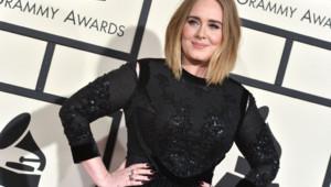 La chanteuse Adele aux Grammy Awards 2016