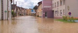 Inondations : l'heure est au grand nettoyage