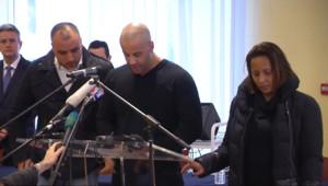 """Le 20 heures du 10 janvier 2015 : Attentat de Charlie Hebdo: """"Mon frère s'est fait abattre par deux faux musulmans"""" - 1319.813"""