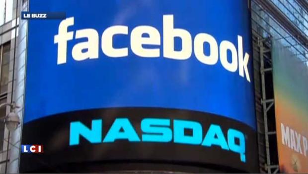 Le logo du réseau social Facebook sur l'immeuble du Nasdaq.