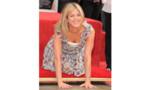 Hollywood : pour son étoile, Jennifer Aniston met les mains dans le ciment