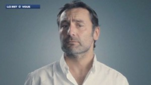 Gilles Lellouche dans le clip pour la promotion du don d'organe en France.