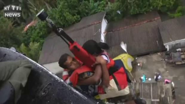 Sri Lanka : opération sauvetage par hélicoptère après un glissement de terrain