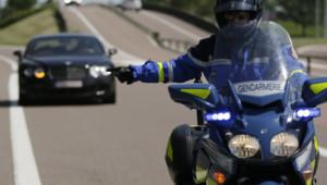 Les CRS et motards sur les routes sont-ils payés au nombre de PV distribués ?