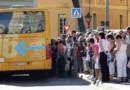 Un bus aux couleurs de la régie de transports de la métropole niçoise photographié en 2011