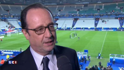 """Hollande : """"Ne jamais s'arrêter aux victoires en pensant qu'on a gagné pour toujours"""""""