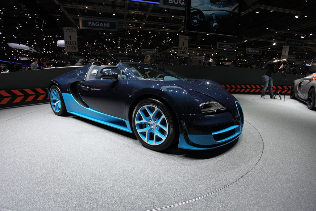 photos bugatti veyron grand sport vitesse au salon de gen ve 2012 automoto tf1. Black Bedroom Furniture Sets. Home Design Ideas
