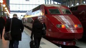 train TGV quai gare grève