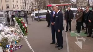 Mea culpa de John Kerry lors de sa visite à Paris
