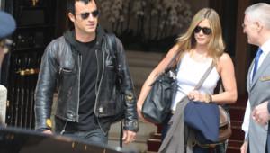 Jennifer Aniston et Justin Theroux quittant l'hôtel Ritz à Paris (14 juin 2012)