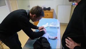 Le 13 heures du 12 décembre 2013 : Enfants de moins de deux ans, attention aux cas de bronchiolite - 289.549