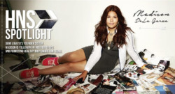 "Madison De la Garza en campagne pour ""Healthy is the new skinny"""