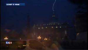 PHOTOS. Benoît XVI démissionne : coup de foudre sur la basilique Saint-Pierre