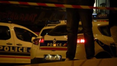 police voitures nuit