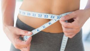 Femme qui cherche à perdre du poids