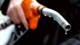Les prix à la pompe continuent de baisser