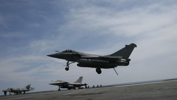 Archives : Avions français participant à la mission de l'Otan en Libye