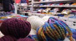 Des pelotes de laine (image d'illustration)