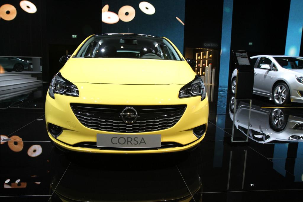 2014 - [Opel] Corsa IV [E] - Page 5 Opel-corsa-mondial-automobile-2014-11-11278267odref