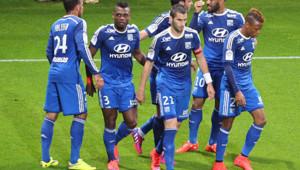 Les Lyonnais après leur victoire à Reims (4-2) en clôture de la 34e journée de L1, le 26 avril 2015.