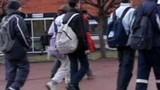 Un voile au collège entraîne une grève