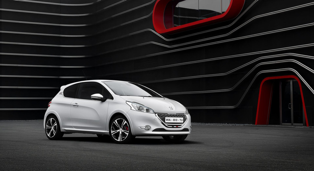 peugeot-208-gti-17-10759272kgvpg