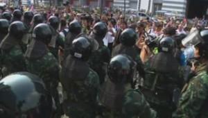Manifestants à Bangkok, en Thaïlande le 19/02