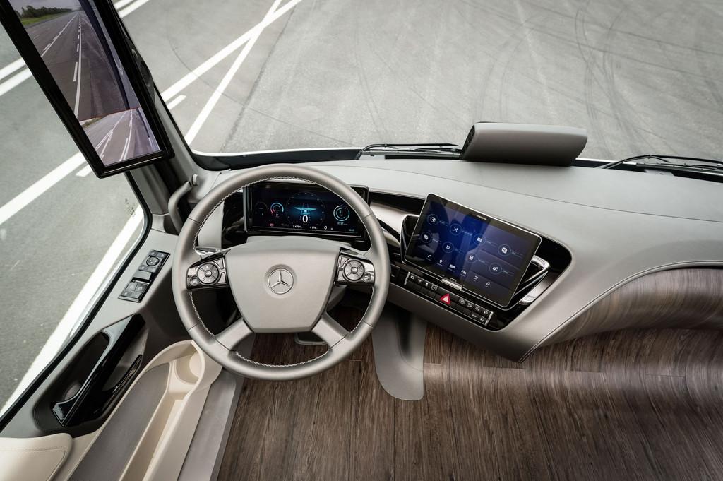 photos automoto le camion du futur de 2025 de mercedes en photos mytf1. Black Bedroom Furniture Sets. Home Design Ideas