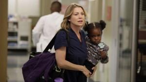 Grey's Anatomy saison 9 episode 5. Série créée par Shonda Rhimes en 2005. Avec : Ellen Pompeo, Patrick Dempsey, Sandra Oh et Justin Chambers