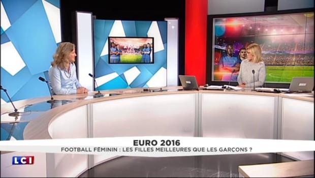Le football, un sport qui attire de plus en plus de femmes