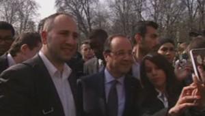 François Hollande selfie