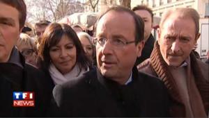 """Hollande veut """"rester dans le combat démocratique"""""""