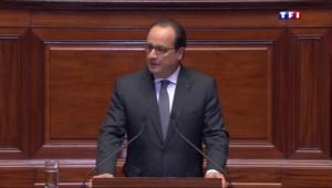 """Hollande : """"Notre démocratie a triomphé d'adversaires bien plus redoutables que ces lâches assassins"""""""