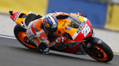 Dani Pedrosa (Honda), lors des Essais du GP Moto de France au Mans, le 17 mai 2013.