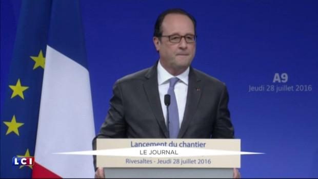 """Hollande répond à Trump : """"La France sera toujours la France"""""""